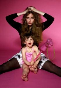 Bebe Buell kızı Liv Tyler ile.